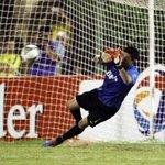 RT @TyCSports: #LaFotodelDía es para Orion, clave para la clasificación de Boca (EFE) http://t.co/6yd6Oj9vV8 http://t.co/axEYYUeQ7I