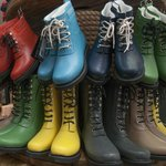 Love these rain boots? Want 10% off? DUH! Download our app and hit the specials tab ☛ http://t.co/horZCJasiy #pdx http://t.co/ld5PpVdOYJ