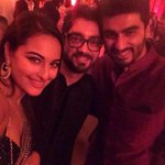 @arjunk26 @sonakshisinha along with Amit Sharma showing their Tevar on Diwali http://t.co/GiBMIrzhat
