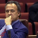 Detenido el ex alcalde de Jerez Pedro Pacheco para cumplir una pena de 5,5 años de prisión http://t.co/LC3eAj4hI9 http://t.co/6Qg07ujoqA