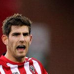 "Ched Evans aunt says: ""He deserved to go down as he was found guilty. He DID rape her."" http://t.co/MFQSoMzYAi http://t.co/awMyy6zf34"
