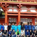 Peloton complete, without bikes and helmets, ready to visit Hikawa shrine. #SaitamaCriterium http://t.co/1CZHS2Ghro