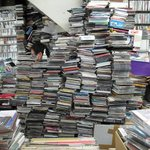 RT @fashionsnap: なぜ日本人はCDを買い続けるのか? http://t.co/nwodZSlyim http://t.co/rVp7aSFb8x