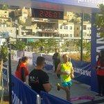 مثقال العبادي صاحب المركز الاول في سباق ماراثون ٤٢كيلو #Ammanmarathon #RunJordan http://t.co/d8Oghdcv6E