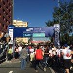 خط بداية سباق ماراثون ١٠ كيلو #Ammanmarathon #RunJordan http://t.co/doyLoaW96Q