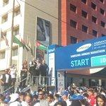 عمدة عمان عقل بلتاجي والأمير فراس بن رعد يحيون العدائين عند الانطلاق @RunJoOfficial #RunJordan #AmmanMarathon http://t.co/Ctt6ueaNTn