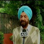 All connected with boxing federation should be united, this is not just abt Sarita Devi but everyone: Tarlochan Singh http://t.co/lz8AFB45V3