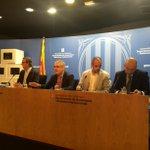 RT @govern: Lliurament material de difusió del #9N a entitats municipalistes catalanes @JosepMartBlanch @joan_canada http://t.co/6jyxVmtqPM