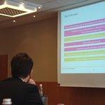 Ziele der Social-Media-Strategie von @DocMorris Sehr lebendiger Vortrag ;-) #SMDAC14 http://t.co/8Cvz4d2TWB
