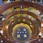 Foto de la Biblioteca Central de la Uned. Feliz Día de las Bibliotecas a tod@s. #diadelabiblioteca @catedranaval http://t.co/slT7BHXh95