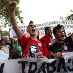 RT @el_pais: Miles de manifestantes protestan contra los recortes educativos en el último día de huelga http://t.co/82fPiJmNe1 http://t.co/OIc3ZPvPxf