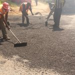 Kempiski pothole being fixed incase you are stuck around there @Ma3Route http://t.co/6QLdvHR6uF