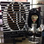 RT @FragranceShopUK: #FreebieFriday! To #WIN a bottle of #Barbz favourite @NICKIMINAJ #Onika, RT & follow us! Good Luck :) http://t.co/pOw2yYltGn