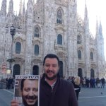 RT @matteosalvinimi: Appena stato in edicola, alla faccia di #Renzi. Come è cominciata la vostra giornata? #Salvini #Lega @matteosalvinimi http://t.co/6gxo95rx6x
