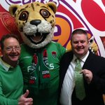 RT @kieranmcgeary: Doing my bit to support @CorkCityFC today by wearing green with #NickRichards and @CorkyTheCheetah http://t.co/Boa1rGmtLv