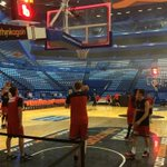 RT @PerthWildcats: The team are on the court at @PerthArena warming up. #RedArmy http://t.co/jzON2bPu1i