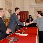 RT @EspFP: A Podemos que boicotea hoy Premios Príncipe de Asturias: El Principe entregó a P.Iglesias beca de Caja Madrid (Blesa) http://t.co/uTFcqd7zgA