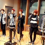 RT @withVIXX: #VIXX singing live for MBC Starry Night Radio <3 #ERROR RT @mbcstar: 당연히! 라이브도 들려드릴 거예요~ 빅스는 지금 열심히 리허설 중???? http://t.co/wnf7Z8wQCe
