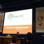 RT @MonicaPaolizzi: @SocialFareCSI indaga la Sostenibilità sociale del #SaloneDelGusto e #terramadre2014 conferenza premio #Slowpack http://t.co/zcpDiNtPla