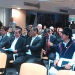 .@MashiRafael visita Centro Europeo para la Investigación Nuclear en #Ginebra #GiraPresidencial http://t.co/UexnVz4LnN
