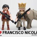 Siguen apareciendo nuevas fotos del joven Francisco Nicolás y sus fechorías http://t.co/f3rz8GJXwj http://t.co/zUvSGv0TYw