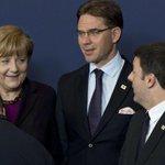 Renzi e Ue verso un compromesso Napolitano: «Basta con austerity» http://t.co/x0Gbswn5hw http://t.co/GYLm2hY3sk