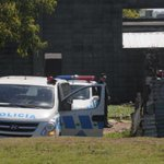 RT @elpaisuy: Guerra de mafias por la venta de drogas en el oeste de la capital. http://t.co/Qhk7XgDt1v http://t.co/FsRqOb4lUc