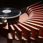 100% #Vinyl #DJ sets from 5-11pm. Reggae, Soul, Funk, Dub, Ska. @BathCoUK @NOWBath @InBath http://t.co/gC6go6hMoh