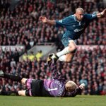 Sign up and watch some great Chelsea moments at Old Trafford... http://t.co/fdCrpA0lKe #CFC http://t.co/f01Bt4ReEX