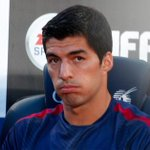 Zidane: We didnt want Luis Suarez at Real Madrid #lfc http://t.co/q5zyllCh70 http://t.co/ilZw3gFaUF
