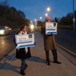 #HamOnt #BetterWithBrian out at the Kenilworth Lower Traffic Circle. Good morning! Keep on honkin @BrianMcHattie http://t.co/RiEFjwBJ35