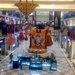 RT @Chevane: Is it the Modi/Hindutva effect? Promenade Mall has a huge Ganesh & Ambience Mall has a gorgeous Ram statue this year! http://t.co/r4lcCLeuJi