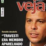 """RT @mfwork: @Ronaldo @VEJA #DesesperodaVeja Ronaldo: """"Travesti era membro aparelhado pelo PT"""" http://t.co/nSHlHC9Aov"""