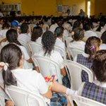 El acceso a la educación superior, meta de la Feria de oportunidades http://t.co/iU2yC93J4I @cerromatosof http://t.co/8VSPlldjN9