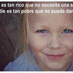 Dame una sonrisa ! @nere_marrero @bettyalayon @VallaVir @BSvehlakova @esthermedinaj #GranCanaria #LasPalmas #love http://t.co/bpnFbs3UQ9