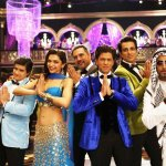 RT @htShowbiz: Here is what you have been waiting for. Read @nawabjhas review of #HappyNewYear: http://t.co/U2e7tBHNjI http://t.co/2tTnQlROCZ