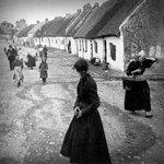 I love the composition of this photograph. (Claddagh, Galway. c.1902) via @librarycongress http://t.co/C2aPAqONTC