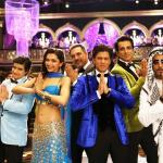 Manmohan Desai goes the Hollywood way in #HappyNewYear. Read the complete review here: http://t.co/U2e7tBHNjI http://t.co/ddkRzyu3nf