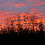 RT @akpix: Sunrise this morning as seen just north of #Duluth http://t.co/HM319R8Uia