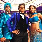 RT @filmfare: Review #HappyNewYear @radiochatters quick take: Slick & extremely entertaining mad-cap comedy http://t.co/4aBqADbCbR http://t.co/rJtJdBiTM8