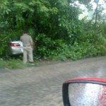 #ReporteTH: Salida de camino vehículo cirrus color champagne, en la Vhsa-Nacajuca antes de llegar a la gravera. http://t.co/8ReTiaBBFO