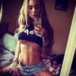 Underboob Selfies are the best selfies → http://t.co/dtAPEog1Pa http://t.co/l3cBpUqpv7
