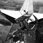 RT @mywebssu: 24 октября 1935 года на Спасской башне Московского Кремля установлена медная звезда, изготовленная на Донбассе http://t.co/gNQDdmm495