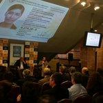En el Auditorio Dra. Adela Reta se lanza el nuevo documento electrónico de identidad uruguayo. http://t.co/RH3Utx1xck