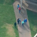 #BREAKING: Police respond to high school north of #Seattle after report of shooting http://t.co/6e8zdoA8Uj http://t.co/QSEKwcNb8x