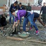 "Gold medalist boxer MC Mary Kom at a cleanliness drive as part of ""Swachh Bharat Abhiyan"" in Imphal on Friday. http://t.co/JA0wFtEZoi"
