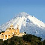 No hay amanecer más hermoso que el de Puebla y el Popocatépetl. ¡Compártenos tus imágenes del coloso!. http://t.co/jOz9Z6a6NG