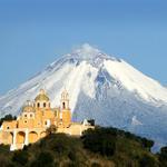 RT @TurismoenPuebla: No hay amanecer más hermoso que el de Puebla y el Popocatépetl. ¡Compártenos tus imágenes del coloso!. http://t.co/jEI2RgWTPb