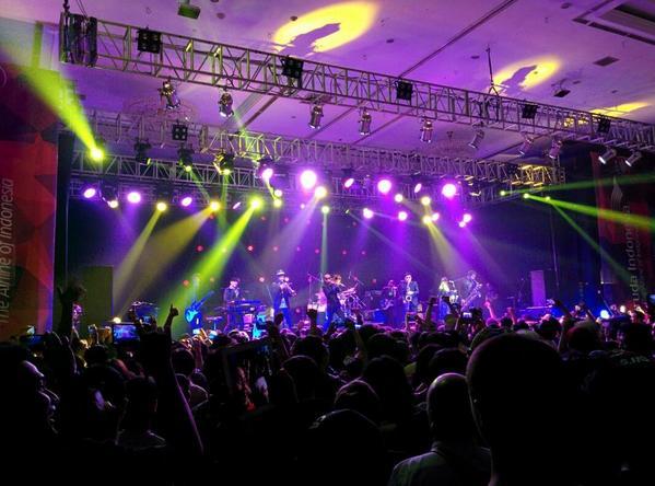 Tokyo Ska Paradise Orchestra! Dance, everybody dance!! :D @JavaSoundsFair #SF14 http://t.co/sFpYwZJo40