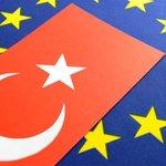 Турция не будет вводить санкции в отношении России по просьбе США http://t.co/lRAhyhi1UD #США #Новости #Россия #ЕС http://t.co/YjONgv7mvD